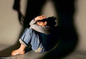 2e93211a00000578 3324443 image m 3 1447884953620 1489544434269 300x205 Những việc cha mẹ cần làm để tránh con bị lạm dụng tình dục.