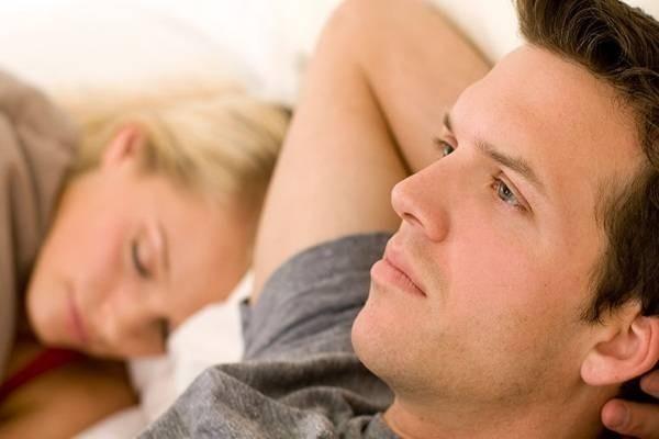 Tinh trùng yếu- Nỗi lo đối mặt với vô sinh