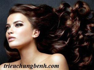Chăm sóc tóc lúc giao mùa
