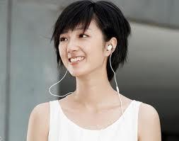 Đeo tai nghe quá nhiều làm giảm thính lực