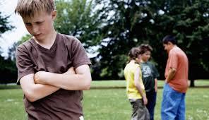 download Trẻ tự kỷ | Dấu hiệu nhận biết trẻ tự kỷ.
