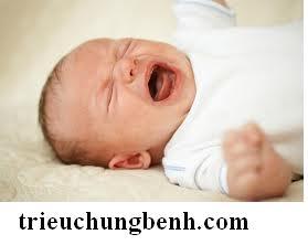 tre khoc dem Hiện tượng khóc đêm ở trẻ sơ sinh
